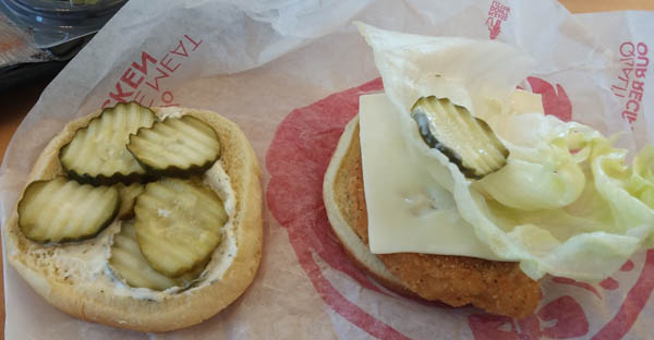Review wendy 39 s crispy dill chicken sandwich fast food watch for Does wendy s have a fish sandwich